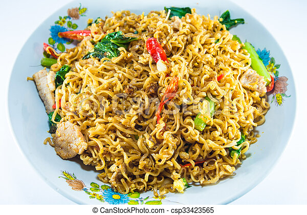 fried noodles - csp33423565