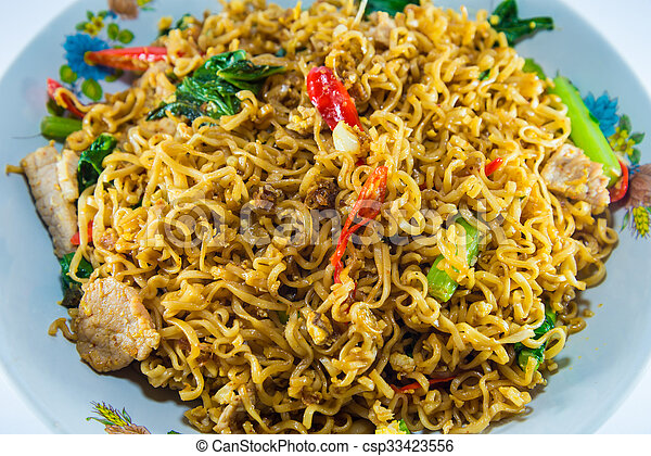 fried noodles - csp33423556