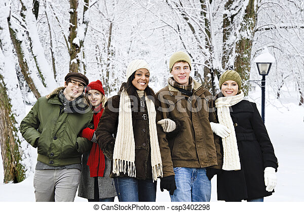 friends, draußen, gruppe, winter - csp3402298