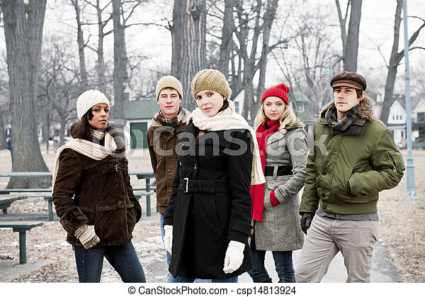 friends, draußen, gruppe, winter, junger - csp14813924