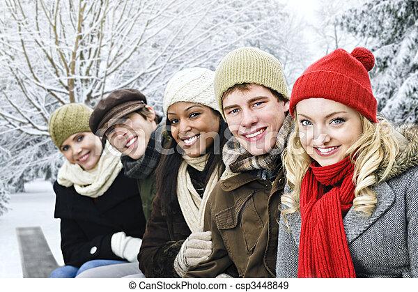 friends, draußen, gruppe, winter - csp3448849