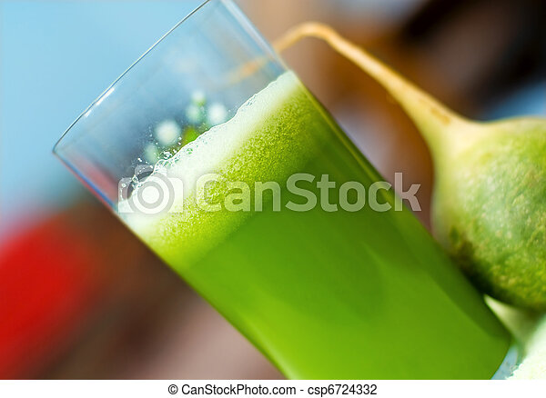 friss, zöld, lé - csp6724332