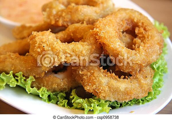 Calamares fritos - csp0958738