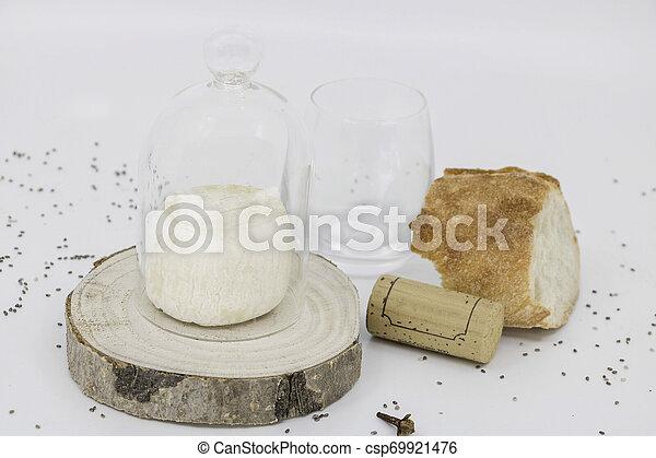 fromage, pain, réception, service, cuisine française, table, vin - csp69921476