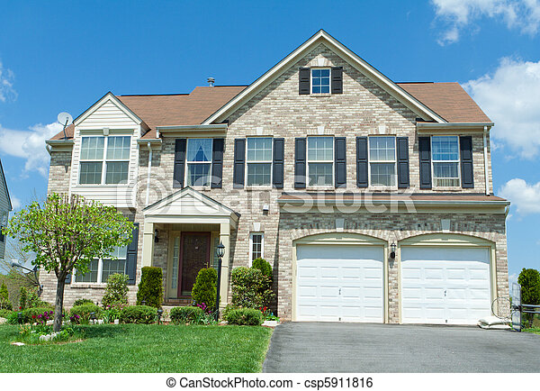 Front Brick Faced Single Family House Suburban MD - csp5911816