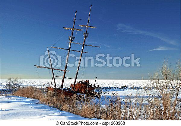 Frozen Shipwreck - csp1263368
