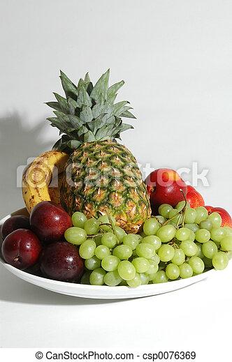 fruit platter - csp0076369
