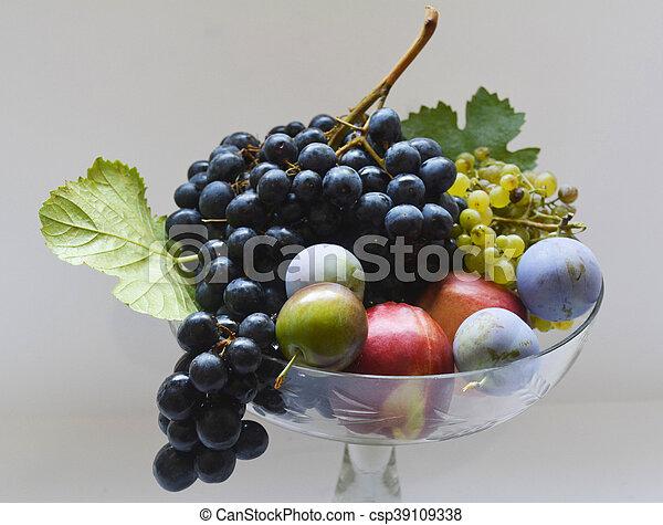 fruit - csp39109338
