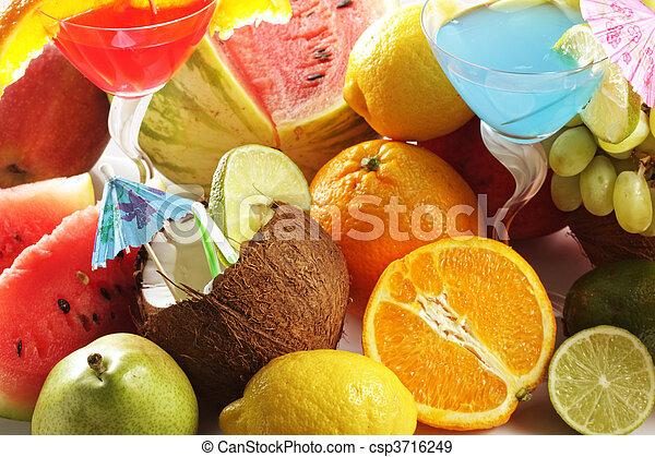 Fruits in bulk - csp3716249