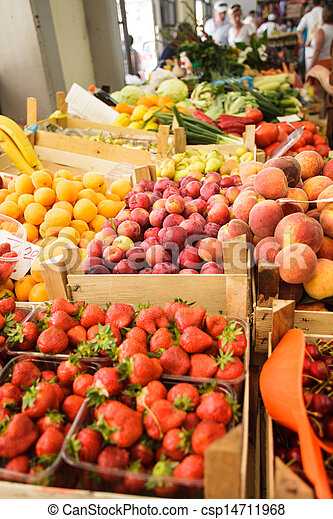 Fruits on the market - csp14711968
