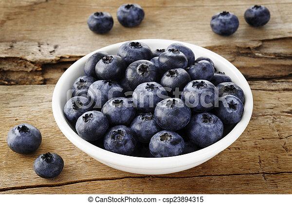 Fruta de arándano - csp23894315