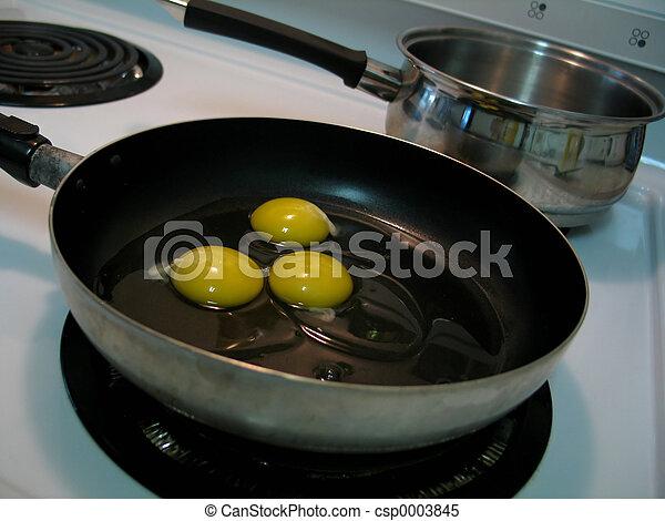 Frying Eggs 2 - csp0003845