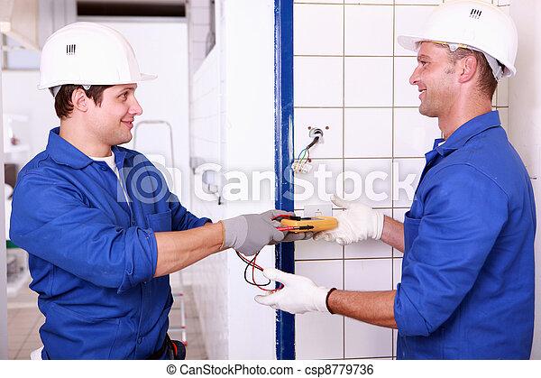 fuente de alimentación, verificar, dos, eléctrico, macho, ingenieros - csp8779736