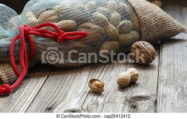 Full bag of nuts - csp25412412