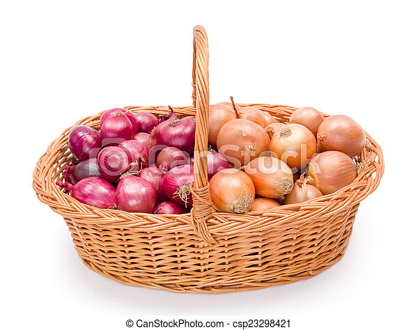 Full basket with onions crop - csp23298421