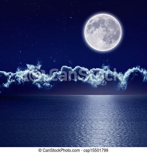 Full moon over sea - csp15501799