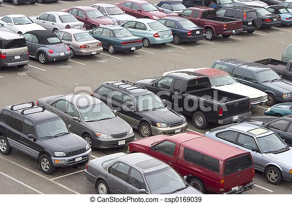 Full Parking Lot - csp0169039