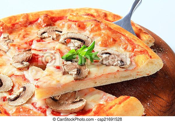 funghi, pizza - csp21691528