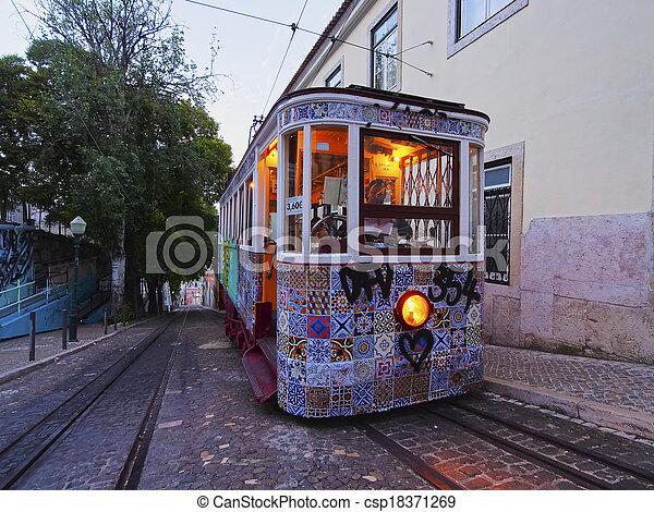 Funicular en Lisboa - csp18371269