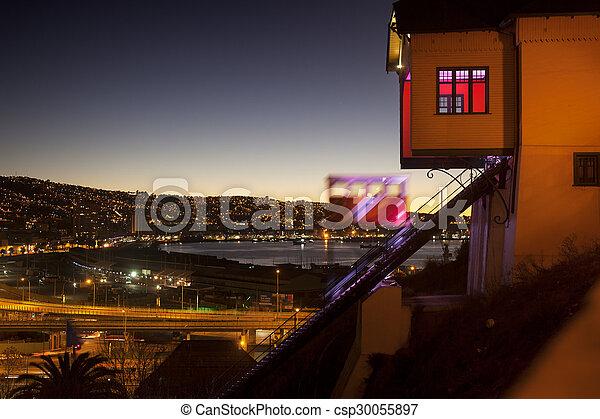 funicular, valparaiso, transporte, ciudad, chile. - csp30055897