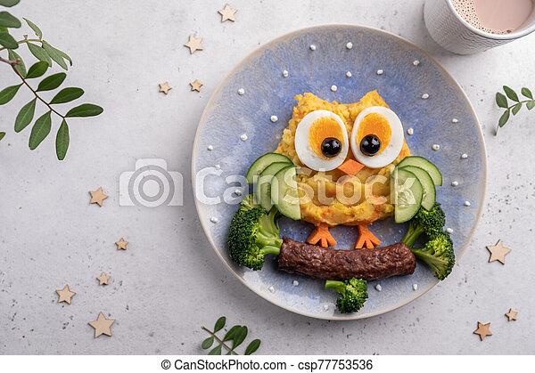 Funny Breakfast For Kids Oatmeal Porridge. - csp77753536