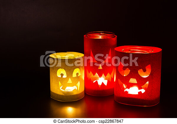 Funny jack-o-lanterns  - csp22867847
