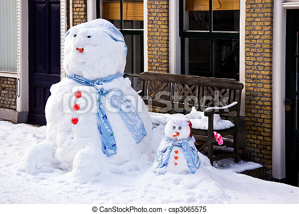 Funny Snowman and son - csp3065575