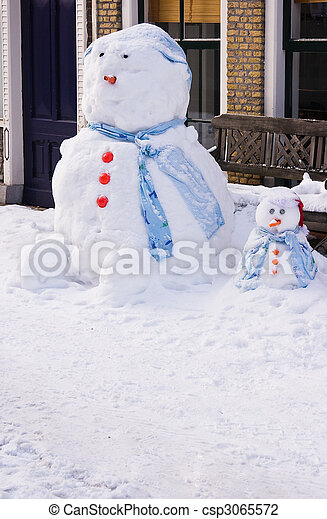 Funny Snowman and son - csp3065572