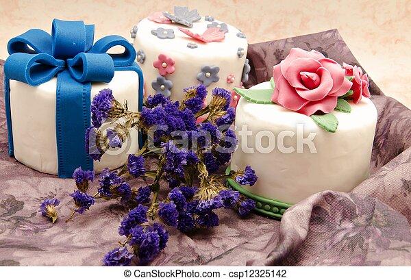 gâteau, décoré - csp12325142