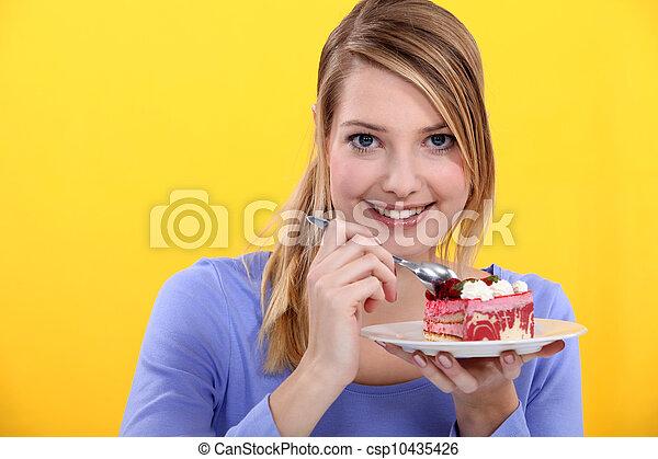gâteau, fraise, femme mange - csp10435426