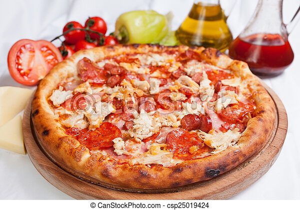 galinha, pizza carne - csp25019424