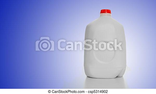 Gallon Milk Carton - csp5314902