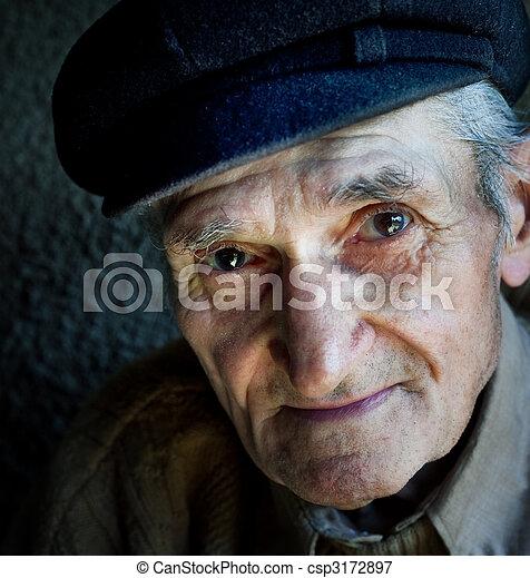 gammal, artistisk, stående, senior, vänskapsmatch, man - csp3172897