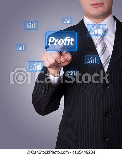 El hombre presiona el botón de lucro - csp5449234