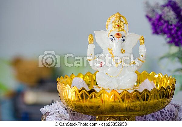 Ganesha Hindu God statue - csp25352958