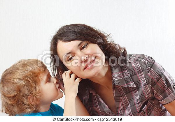 garçon, peu, sien, chuchotements, quelque chose, mère - csp12543019