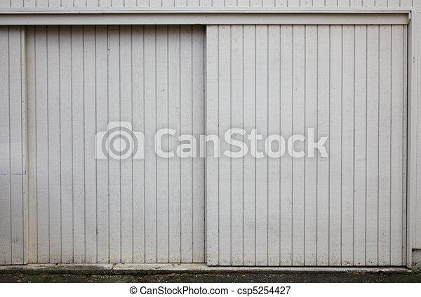 Garage, Holz, Schiebetüren   Csp5254427