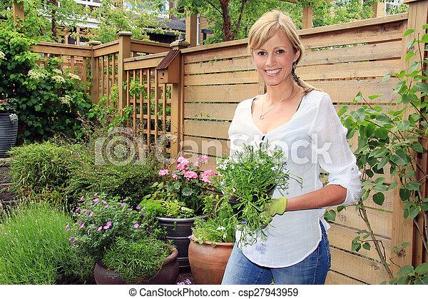 garden.., dame, jardinier - csp27943959