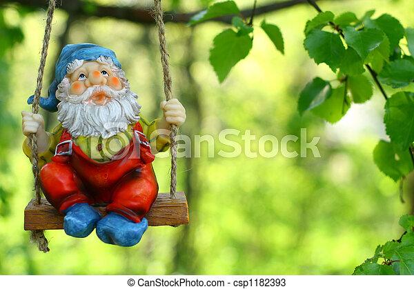 garden dwarf - csp1182393