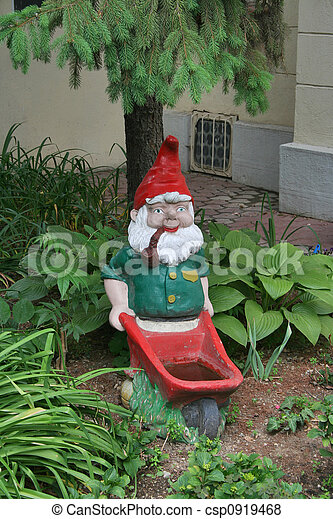Garden gnome - csp0919468