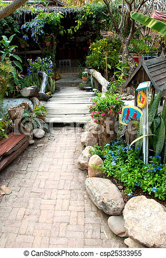 garden - csp25333955