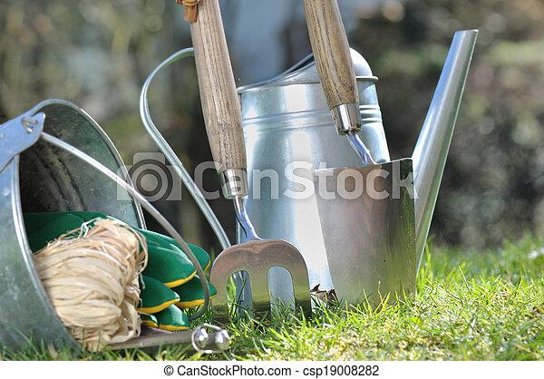 Gardening Accessories   Csp19008282