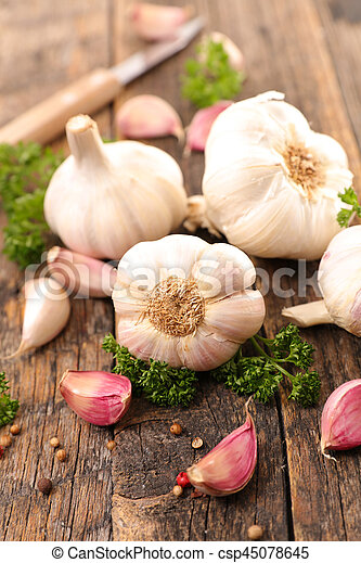 garlic - csp45078645