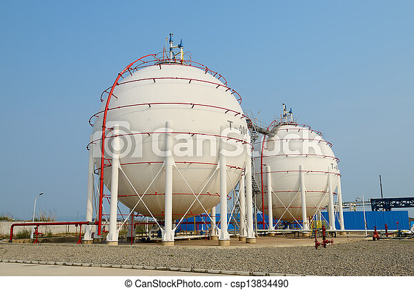 Gas tanks for petrochemical plant - csp13834490