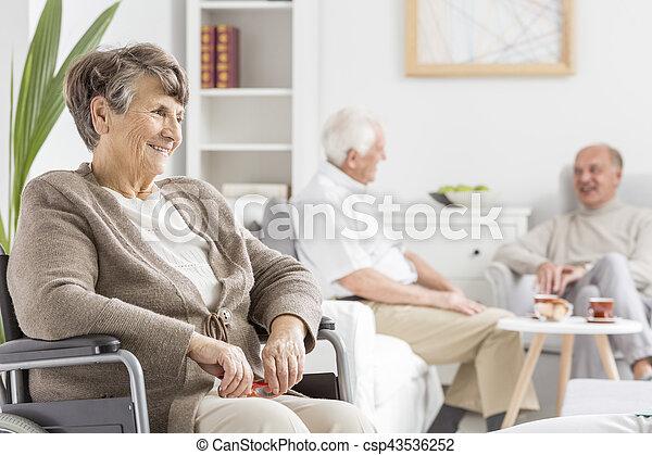 gastando, anciões, junto, tempo - csp43536252