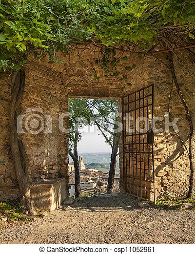 Gate In San Gimignano - csp11052961