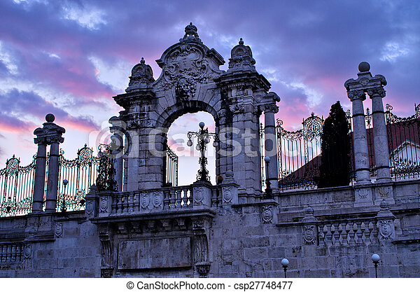 Gate to the Castle in Budapest, Hungary - csp27748477