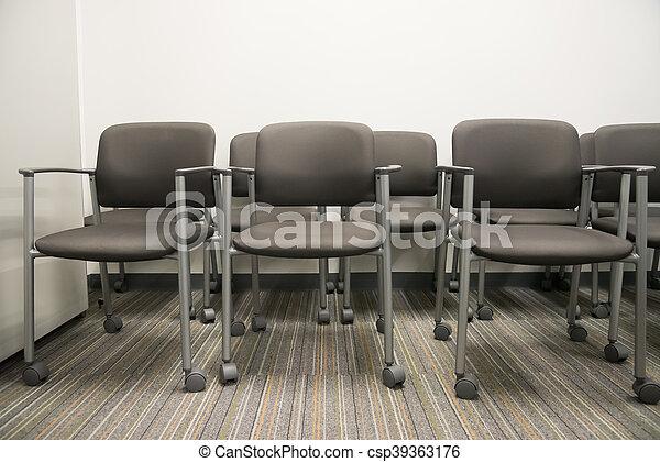gebäude, buero, bereich, stühle, warten, closeup, festempfang, inneneinrichtung, leerer , reihe - csp39363176