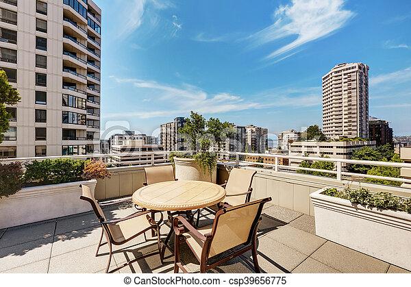 Gebouw flat bovenzijde dak set terras buitenkant tafel
