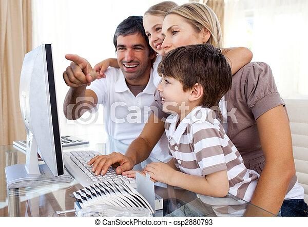 gebruiken, hoe, hun, computer, ouders, leren, kinderen - csp2880793